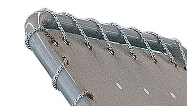 NEW: stretcher with water-permeable fabric