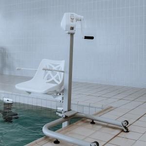 Pool lift: Otter